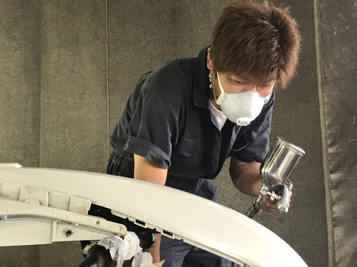 塗装歴25年の熟練スタッフによる塗装